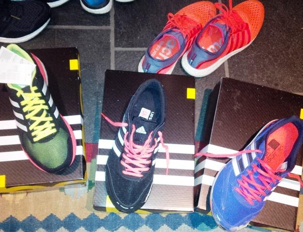 free shipping 6a213 d4a2e Tempo Boost 7, Takumi Sen Boost 3 og Takumi Ren Boost 3. De røde i  bakgrunnen er ogsÃ¥ gode sko – til Ã¥ gÃ¥ med…
